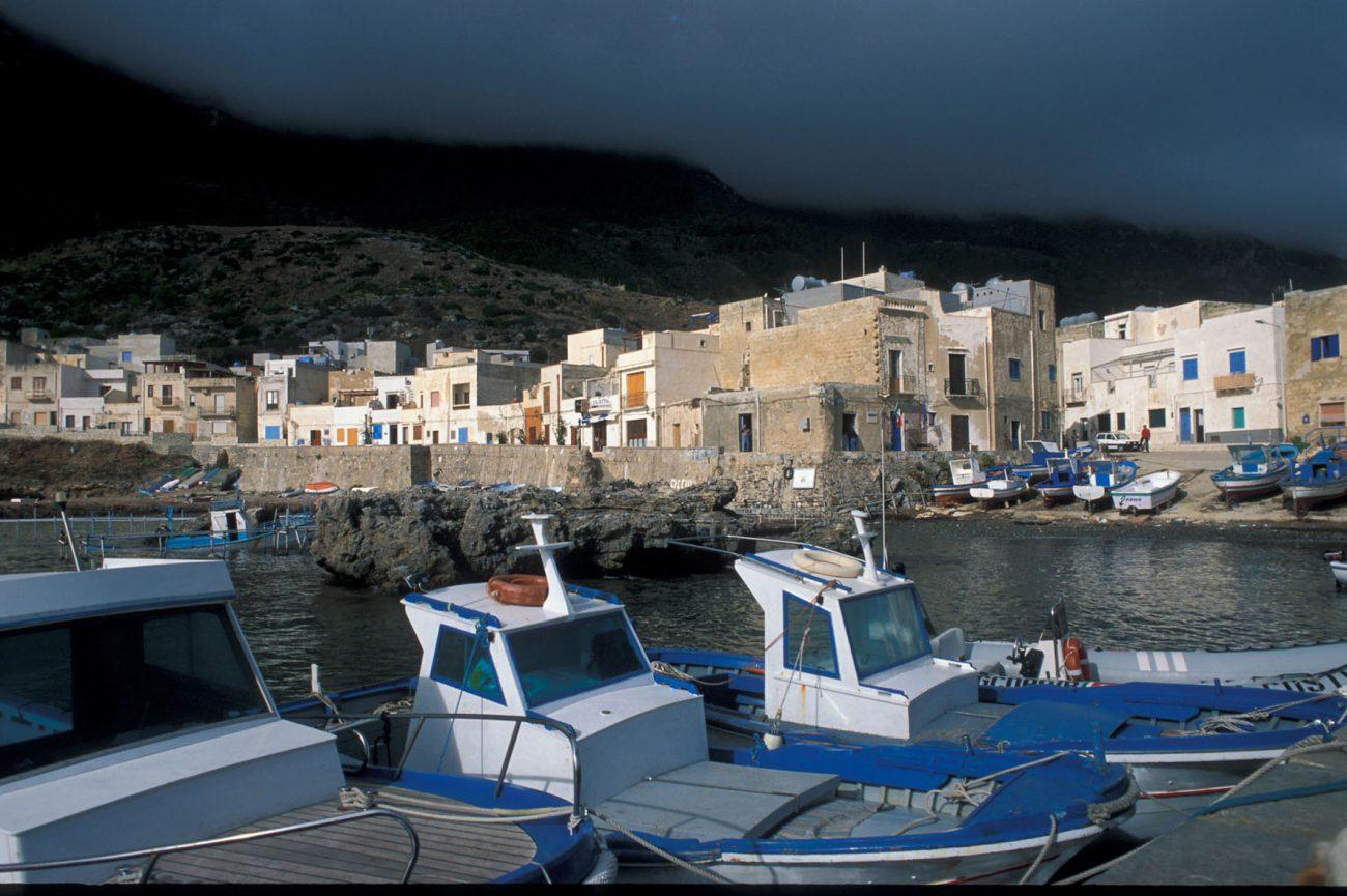 Scalo vecchio, Isola di Marettimo, arcipelago delle Egadi, (Trapani)